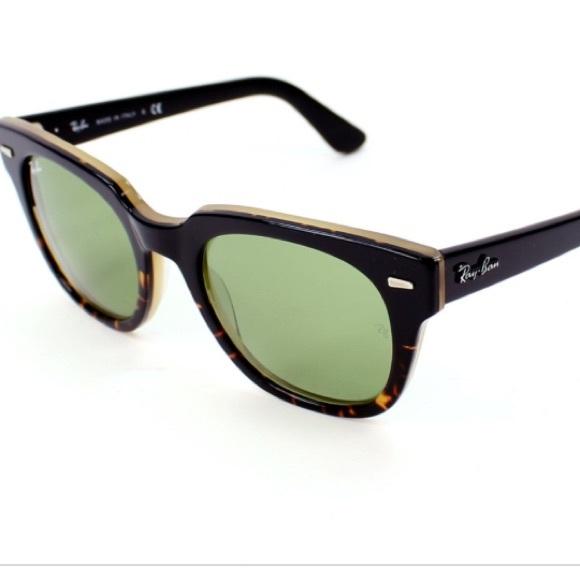 28b8e4c4f5 Ray-Ban Meteor Black Havana Green Sunglasses. M 5a5bffc13a112efc739570d9